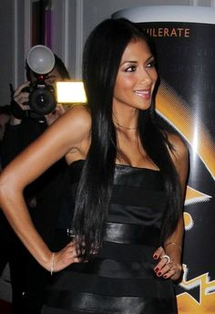 Nicole Scherzingers sleek, straight hairstyle - Click image to find more Hair & Beauty Pinterest pins