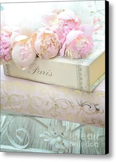 Paris Peonies Shabby Chic Dreamy Pink Peonies Romantic Cottage Chic Paris Peonies And Books Canvas P - Pfeil Tattoo Shabby Chic Pink, Shabby Chic Homes, Shabby Chic Decor, Chabby Chic, Shabby Vintage, Romantic Cottage, Cottage Chic, Shabby Chic Zimmer, Little Presents