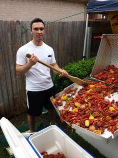 Hot crawfish! Crawfish Pot, Crawfish Season, Seafood Boil, Recipe Box, Kitchens, Hot, Recipes, Kitchen, Cuisine