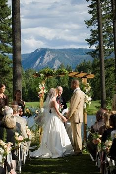 Wedding at Suncadia Resort Washington State.
