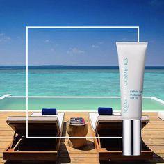 Dagcreme met zonbescherming (UV-bescherming) QMS MedicosmeticsDeze producten zijn zeer belangrijk tijdens de dagelijkse verzorging en beschermen uw huid tegen vroegtijdige huidveroudering. Ze bevatten een SPF factor om uw huid te beschermen tegen UV-straling (ook in de wintermaanden) en beschermen uw huid tegen aanvallen van vrije radicalen die uw cellen kapot maken.