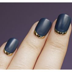 Love the contrast of the matte navy polish with the gold metallic. Such a pretty manicure!