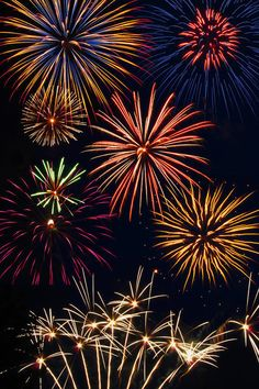<3 Beautiful fireworks <3