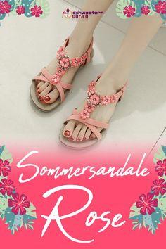 Sommersandale Rose mit dekorativen Perlen für Damen ☀💦  Sommerliche Sandale mit weichem Gel-Fussbett ohne Zehentrenner. Dank dem   elastischen Fersenband sehr angenehm auf der Haut zu tragen. Wie auf Wolken schweben!  Jetzt online bei schwesternuhr.ch bestellen - Ohne Versandkosten! Schweizer Unternehmen.  #schwesternuhrch #schwesternuhr #schwesternschuhe #sandalen #sommersandalen #sommer Birkenstock Mayari, Rose, Sandals, Fashion, Beautiful Sandals, Comfortable Sandals, Comfortable Shoes, Hiking Supplies, Levitate