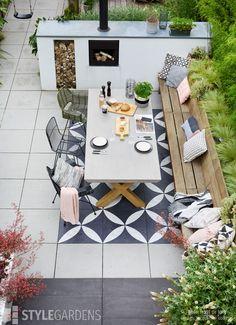 Dream Garden, Sweet Home, Home And Garden, Outdoor Decor, Modern Garden, New Homes, Home Decor, White Gardens, Outdoor Living