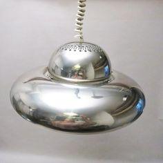 Créateurs : Tobia (Né en 1935) et Afra (1937-2011) Scarpa Lampe de plafond Modèle Fior di Loto Editeur: Flos Date...