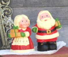 Vintage Salt and Pepper Shakers, Hallmark Santa and Mrs. Claus, Christmas Decor, Holidays, Treasury Item. $6.33, via Etsy.