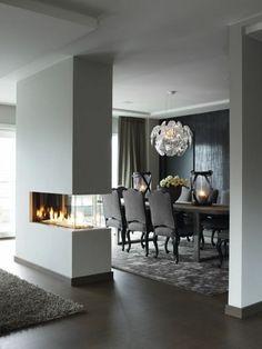 chaises contemporaines salle manger de luxe avec cheminée d'intérieur moderne