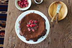 melt-in-your-mouth flourless chocolate cake