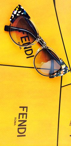 I think we all are inlove with these <3  #fendi #glasses
