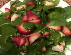 What Is the HCG Diet, and Does It Work? Spinach Salad with Strawberries & Chicken Spinach Salad Recipes, Spinach Strawberry Salad, Salad Recipes For Dinner, Dinner Salads, Healthy Salad Recipes, Clean Recipes, Vegetarian Recipes, Avocado Salad, Crab Salad