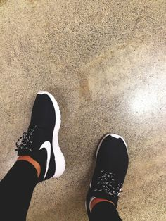Black Nike tennis shoes, switch it up with different laces.