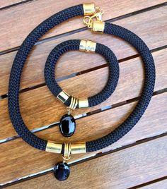 VENTA negro escalada juego de joyería cordón por Tmlccreations