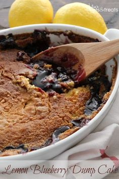 Lemon Blueberry Dump Cake ~ Quick & Easy Dessert Loaded with Blueberry Pie Filling and topped with Lemon Cake! Only Three Ingredients! Quick Easy Desserts, Just Desserts, Delicious Desserts, Homemade Desserts, No Cook Desserts, Dump Cake Recipes, Dessert Recipes, Frosting Recipes, Dessert Ideas