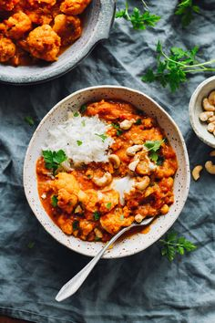 Instant Pot Recipes Vegetarian Crockpot - instant pot cauliflower tikka masala - full of plants Healthy Recipe Videos, Healthy Foods To Eat, Healthy Dinner Recipes, Healthy Snacks, Healthy Eating, Delicious Meals, Vegetarian Recipes, Vegetarian Soup, Vegan Dinners