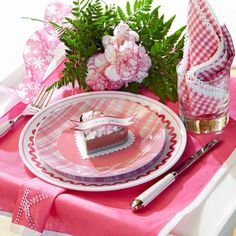 Set a pretty-in-pink table for Valentine's Day: http://www.midwestliving.com/homes/seasonal-decorating/easy-valentines-day-decorations-and-gifts/?page=17