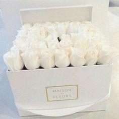 Maison Des Fleurs are my favorite fleurs♡. @sophieschanel  ♡