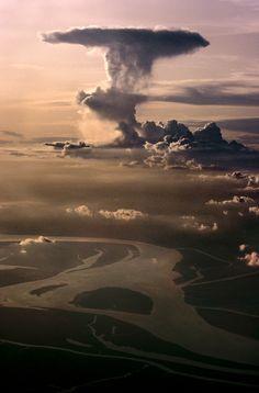 stevemccurrystudios:  Monsoon skies over Bihar, Northeast India.