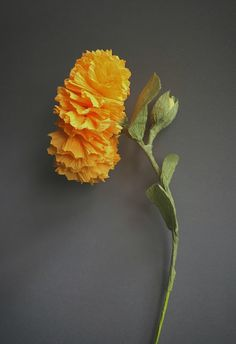 Marigold flower. Crepe paper and paper wire. Orange and green. Table decoration. More paper flowers: https://www.instagram.com/thepaperheartdesign/ ♥ #paper #craft #handmade #home #decoration #decor #table #orange #crepe #wire