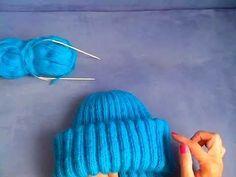 Вязаная шапка из мохера