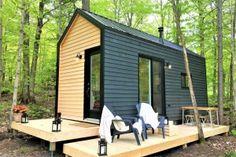 Tiny Cabins, Tiny House Cabin, Tiny Houses, Modern Tiny House, Tiny House Design, Sustainable Building Design, Micro House, Minimalist House Design, Cottage Plan
