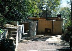 Arquitecturas silenciosas: Casa NEGRO. 1997. ALBERTO KALACH Y ADRIANA LEÓN de...