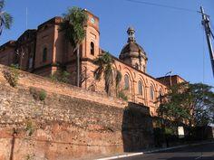 IGLESIA DE LA ENCARNACION,ASUNCION!! Ubicada en una de las siete colinas de Asunción