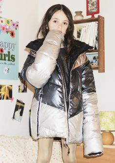 Finger in the Nose FW 17-18  SNOWDANCE Multicolor Metal Reversible Down Jacket (Worn Oversized) – STEP Gold Lamé Legging