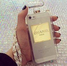 Clear Chic chanel style perfume bottle case for iphone 6 PLUS, PLUS and 7 PLUS. Girly Phone Cases, Iphone 6 Cases, Phone Covers, Apple Coque, Telephone Iphone, Accessoires Iphone, Chanel Perfume, Paris Perfume, Cute Cases