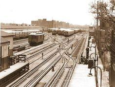 PHOTO - CHICAGO - TRAINS - CTA - RAPID TRANSIT YARDS AT 61ST - 1961
