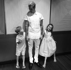 Click to read Justin Bieber's emotional message to his young siblings.