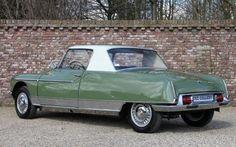 1965 Citroen DS21 Chapron Le Dandy Coupe Rear