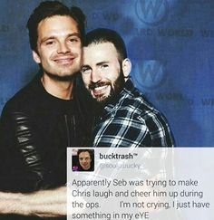 When Chris had the apparent anxiety attack at Wizard World Philly, Sebastian tried to cheer him up. NOT CRYING.