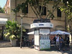 Handy Ladestation für alle am Plaza España hier findet man alle Anschlüsse und kann gratis sein Smartphone aufladen NEWS PORTAL MALLORCA
