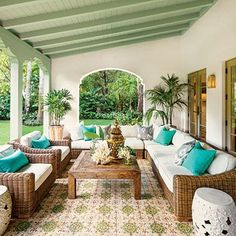 Spanish-Style Luxurious Loggia Though this loggia is new, its Mediterranean tile and arches make it look original to the Spanish-style home. Outdoor Rooms, Outdoor Living, Outdoor Furniture Sets, Outdoor Paint, Outdoor Seating, Spanish Style Homes, Spanish House, Spanish Garden, Spanish Colonial