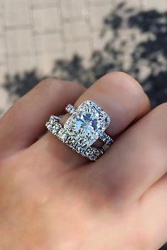 Ruby Wedding Rings, Wedding Rings Simple, Wedding Rings Solitaire, Dream Engagement Rings, Wedding Rings Vintage, Bridal Rings, Solitaire Engagement, Wedding Bands, Gold Wedding