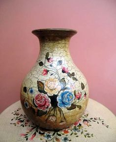 Jarrones Decorativos - Decoracion Sala - Floreros Ceramica Bottle Painting, Bottle Art, Bottle Crafts, Vases Decor, Art Decor, Homer Decor, Decoupage Jars, Old Vases, Decorative Tile