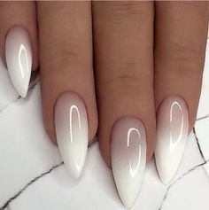 Wonderful Long White Nail Designs to Show Off in 2019 : Page 21 of 29 : Creative Vision Design How to apply nail polish? Nail polish on your friend's nails Perfect Nails, Gorgeous Nails, Pretty Nails, Long White Nails, White Nail Art, White Oval Nails, Long Oval Nails, Nail Art Designs Images, White Nail Designs