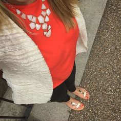 Trying to brighten up this cloudy day. #ootd #fromwhereistand #fwis #instastyle #instafashion #coral #style #fblogger #fashion #fashionblogger #outfitoftheday #blogger #londonstyle #stelladotstyle #stelladotstylist #mosaic #statementnecklace #statementjewellery #outfitselfie #blackjeans #sandals
