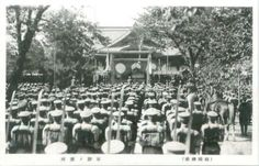 Visit to Yasukuni Shrine of the Imperial Japanese Army Soldiers. Post Card 大日本帝国陸軍兵士靖国神社参拝