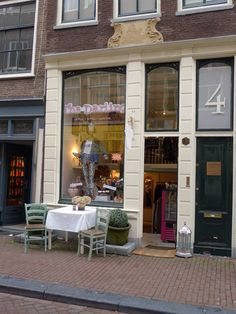 """The Darling"" on Runstraat  has it all. (Photograph by Annie Fitzsimmons)"