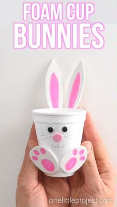 These foam cup bunnies are SO CUTE! I love how easy they are to make with simple craft supplies! Fill them with candy, chocolate eggs, pencil crayons, or even small toys. They take less than 10 minutes and make an awesome Easter treat idea! Make them Easter Projects, Easter Crafts For Kids, Craft Projects, Kids Diy, Easter Crafts For Preschoolers, Easter Ideas For Kids, Art Crafts For Kids, Craft Work For Kids, Button Crafts For Kids