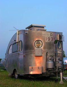 The oldest known Airstream - The Airstream Torpedo. Built in 1935 - I can not see an Airstream with out thinking of Aunt Florence and Uncle Arthur. Camping Vintage, Vintage Rv, Vintage Airstream, Vintage Caravans, Vintage Travel Trailers, Vintage Motorhome, Vintage Homes, Old Campers, Retro Campers