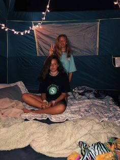 Camping with my Best friend Best Friend Pictures, Bff Pictures, Cute Photos, Bff Pics, Bff Goals, Best Friend Goals, My Best Friend, Summer Goals, Summer Aesthetic