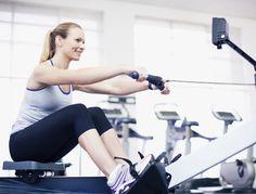 Pour brûler des calories et muscler l'ensemble du corps, le rameur est l'appareil idéal. Découvrez les astuces de notre coach pour optimiser vos séances....