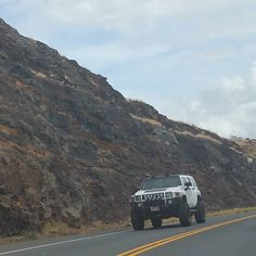 Nice Hummer!  #protecautocare #engineflush #carrepair #white #lifted #custom #customized #hummer #h3 #offroading #offroad #lightbar