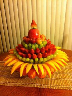so loved this fruit arrangement that my co worker did!