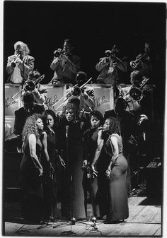The Raelettes (Estella Yarbrough, Katrina Harper Cooke, Kathy Mackey, Karen Evans, Tonette McKinney) and the Ray Charles Orchestra, in concert (prob. in Italy, late July 1997). Photo by Luigi Barba.