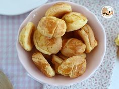 We all love choux, these cream puffs from France, filled with custard or whipped cream ! Here is a recipe for all of those who are gluten intolerant, to. Gluten Free Lady Fingers, Antipasto Pasta Salads, Gateaux Vegan, Sans Gluten Sans Lactose, Snack Recipes, Snacks, Gluten Intolerance, 2000 Calories, Gluten Free Chicken
