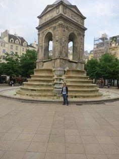 Paris - local atual do antigo cemitério dos inocentes
